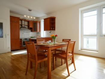 Prodej bytu 3+kk v osobním vlastnictví 72 m², Roztoky