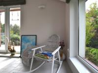1.N.P. bazan detail výhled na zahradu - Prodej domu v osobním vlastnictví 280 m², Holubice