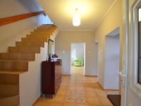 1.N.P. hala - Prodej domu v osobním vlastnictví 280 m², Holubice