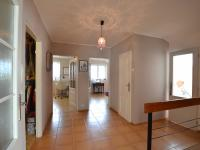 2.N.P. hala - Prodej domu v osobním vlastnictví 280 m², Holubice
