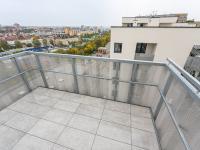balkón - Pronájem bytu 3+kk v osobním vlastnictví 105 m², Praha 3 - Strašnice