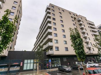 pohled na dům - Pronájem bytu 3+kk v osobním vlastnictví 105 m², Praha 3 - Strašnice