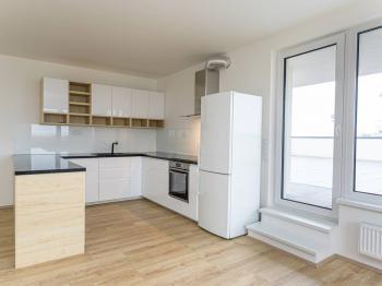 kuchyňský kout - Pronájem bytu 3+kk v osobním vlastnictví 105 m², Praha 3 - Strašnice