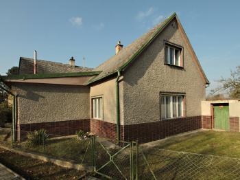 Prodej domu v osobním vlastnictví 150 m², Holice