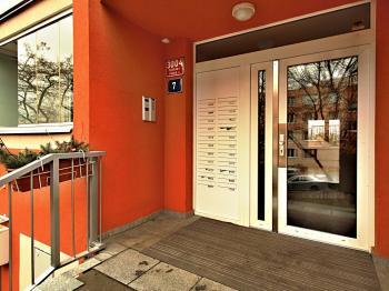 Byt 2+kk na prodej, Praha 4 (Modřany)