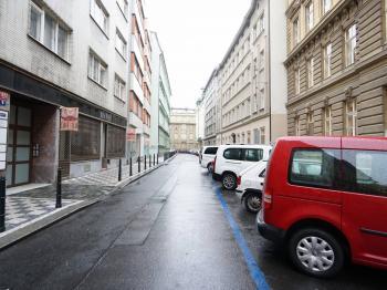 U Půjčovny - Pronájem bytu 2+kk v osobním vlastnictví 42 m², Praha 1 - Nové Město