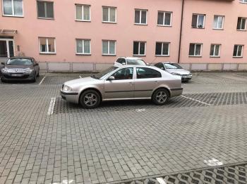 Garáž na pronájem, Šestajovice