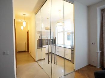 Pronájem bytu 2+kk v osobním vlastnictví 110 m², Praha 1 - Hradčany