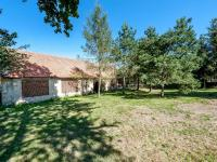 zahrada za stodolou (Prodej zemědělského objektu 100 m², Nedrahovice)