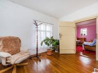 Vstupní chodba - přízemí (Prodej domu v osobním vlastnictví 300 m², Benecko)