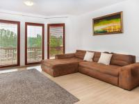 Prodej domu v osobním vlastnictví 232 m², Dobříš