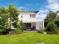 Prodej domu v osobním vlastnictví 230 m², Zvole