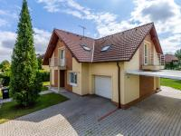 Prodej domu v osobním vlastnictví 237 m², Zlatníky-Hodkovice