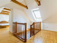 Prodej domu v osobním vlastnictví 265 m², Praha 4 - Újezd u Průhonic