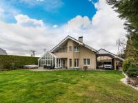 Prodej domu v osobním vlastnictví 270 m², Ohrobec