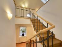 Pronájem domu v osobním vlastnictví 250 m², Praha 10 - Strašnice