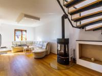 Pronájem domu v osobním vlastnictví 110 m², Jesenice