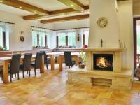 Prodej domu v osobním vlastnictví 690 m², Horní Stropnice