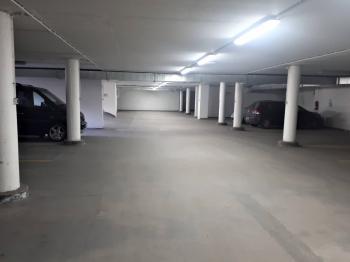 Garáž - Pronájem garážového stání 15 m², Dolní Břežany
