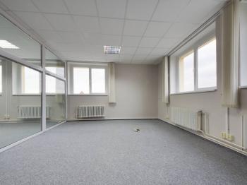 Pronájem kancelářských prostor 56 m², Vestec