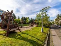 Dětské hřiště - Prodej bytu 3+1 v osobním vlastnictví 61 m², Praha 4 - Lhotka