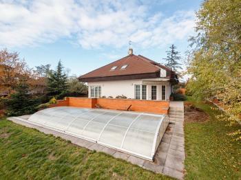 Prodej domu v osobním vlastnictví 227 m², Ohrobec