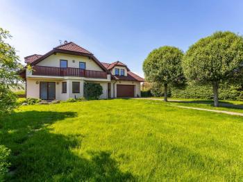 Prodej domu v osobním vlastnictví 241 m², Psáry