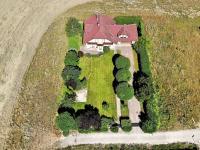 Prodej domu v osobním vlastnictví 223 m², Libeř
