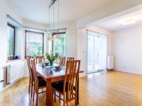 Jídelna - Prodej domu v osobním vlastnictví 223 m², Libeř