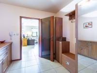 B Předsíň - Prodej domu v osobním vlastnictví 241 m², Psáry