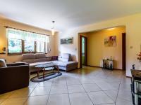 B Obývací pokoj - Prodej domu v osobním vlastnictví 241 m², Psáry