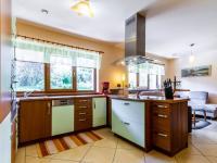 B Kuchyňský kout - Prodej domu v osobním vlastnictví 241 m², Psáry
