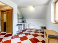 A Garsonka - Prodej domu v osobním vlastnictví 241 m², Psáry