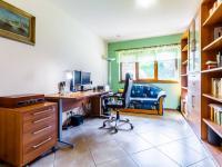 B Pracovna vlevo - Prodej domu v osobním vlastnictví 241 m², Psáry