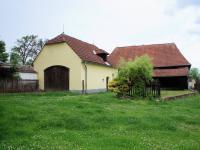 Dvůr - Prodej domu v osobním vlastnictví 200 m², Libníč