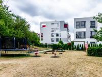 Dětské hřiště - Prodej bytu 2+kk v osobním vlastnictví 41 m², Praha 4 - Modřany
