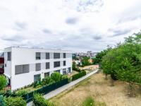 Výhled z terasy - Prodej bytu 2+kk v osobním vlastnictví 41 m², Praha 4 - Modřany