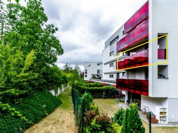 Pohled na dům - Prodej bytu 2+kk v osobním vlastnictví 41 m², Praha 4 - Modřany