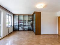 Ložnice 2.NP - Prodej bytu 6+kk v osobním vlastnictví 214 m², Dolní Břežany