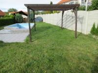 Pergola (Prodej domu v osobním vlastnictví 500 m², Lipovec)
