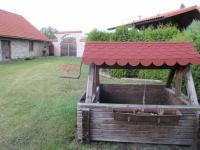 Studna (Prodej domu v osobním vlastnictví 500 m², Lipovec)