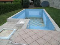 Bazén (Prodej domu v osobním vlastnictví 500 m², Lipovec)