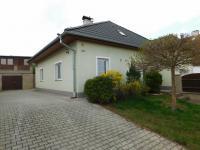 Prodej domu v osobním vlastnictví 188 m², Tmaň