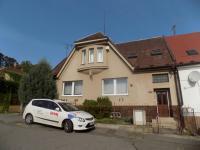 Pohled na dům (Prodej domu v osobním vlastnictví 200 m², Chrudim)
