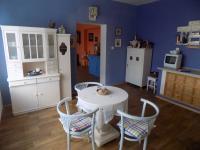 Jídelní kout (Prodej domu v osobním vlastnictví 200 m², Chrudim)