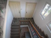 Vstup do bytu a do komory (Prodej bytu 3+1 v osobním vlastnictví 174 m², Svitavy)