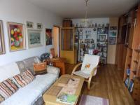 Obývací pokoj (Prodej bytu 3+1 v osobním vlastnictví 75 m², Chrudim)
