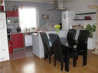 jídelní kout (Prodej domu v osobním vlastnictví 90 m², Dřenice)