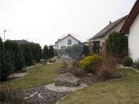 okrasná zahrada (Prodej domu v osobním vlastnictví 90 m², Dřenice)