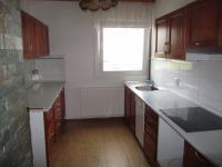 Kuchyň (Prodej domu v osobním vlastnictví 230 m², Heřmanův Městec)